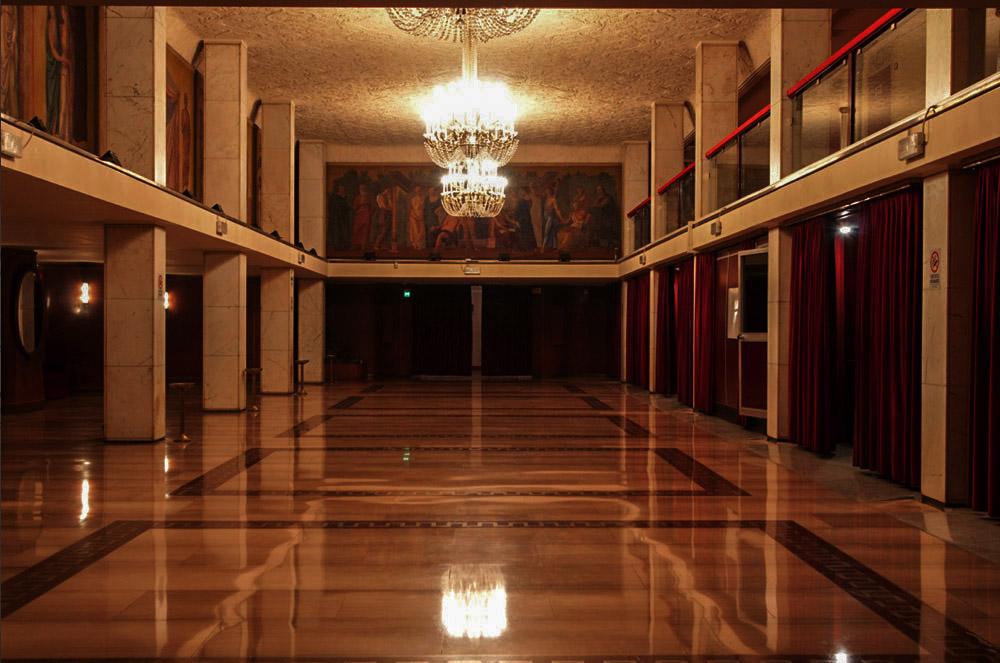 Teatro Manzoni - Milano - il foyer